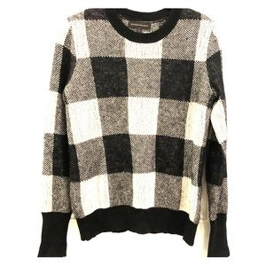 BANANA REPUBLIC black and white Plaid Sweater